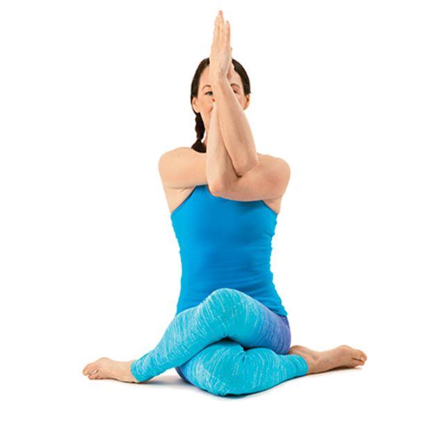 Posizioni Yoga Energia e Torsioni terapeutiche